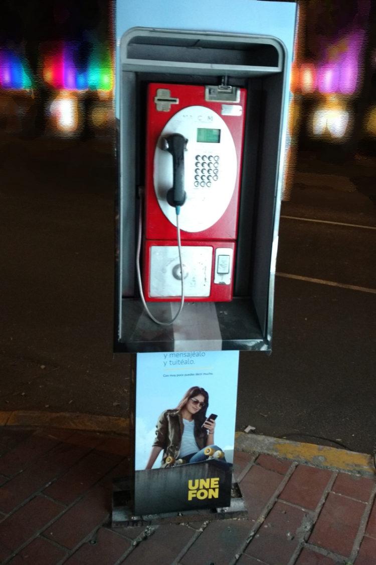 Cabina telefonica aparecida
